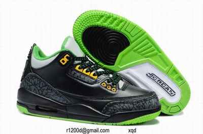 basket lumineuse fille chaussure bebe sport chaussure bebe pas cher. Black Bedroom Furniture Sets. Home Design Ideas
