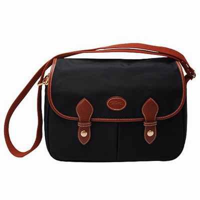 petite sacoche plate homme sac de frappe cuir sacs cuir femme soldes. Black Bedroom Furniture Sets. Home Design Ideas